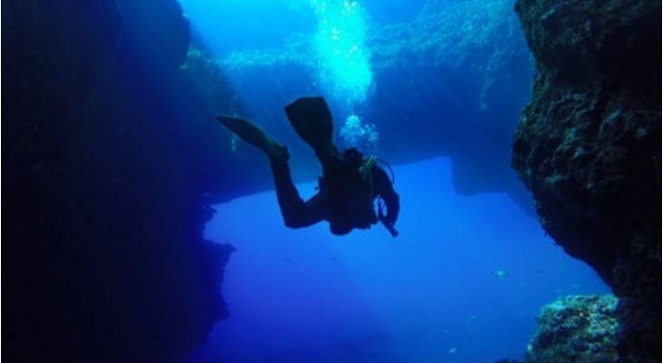 Blue Hole Joseph Caruana
