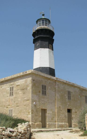This historic lighthouse could be your dream accommodation in Malta