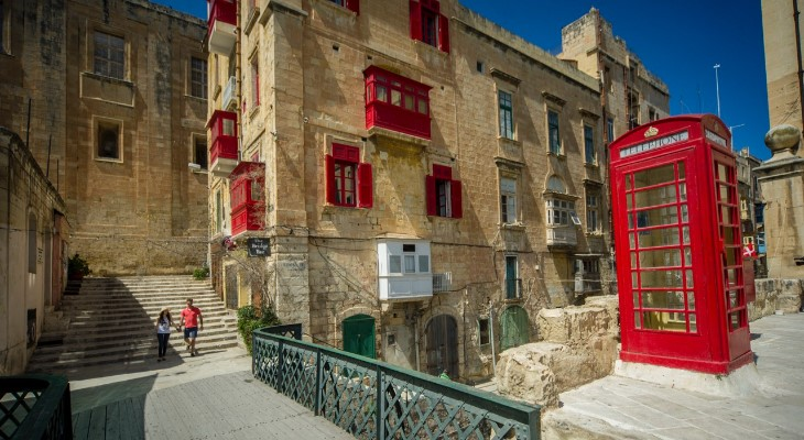 Valletta red balconies