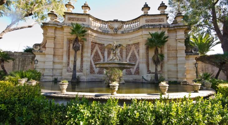 A walk around San Anton gardens